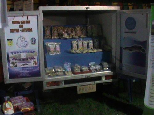 Mobil Box Outlet Berjalan Sentani Foi